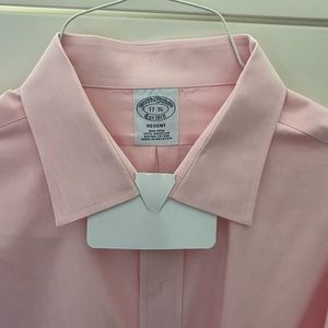 Brooks Brothers open collar shirt with Fr. cuffs.